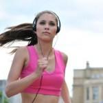 correr con música mejora el rendimiento